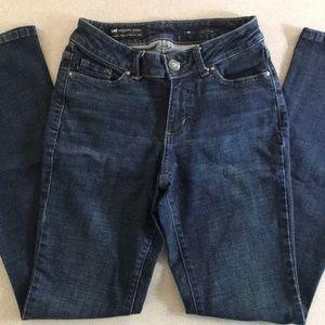 Lee Modern Series Curvy Bootcut Jeans Size 6